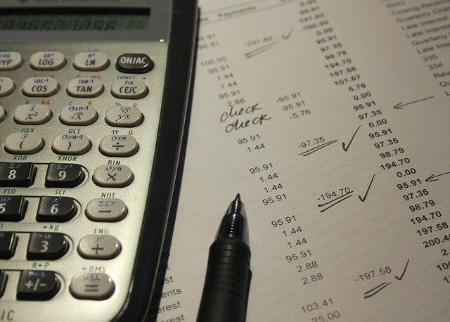האם יש הבדל בין החזרי מס לעוסק פטור ועובד שכיר?