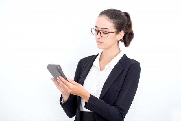 האם אני זכאי למענק עבודה? בדקו זכאות למס הכנסה שלילי